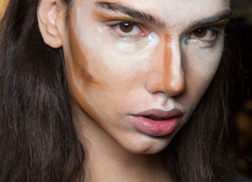 Foundation Tips: How to Choose the Perfect Foundation and How to Apply It