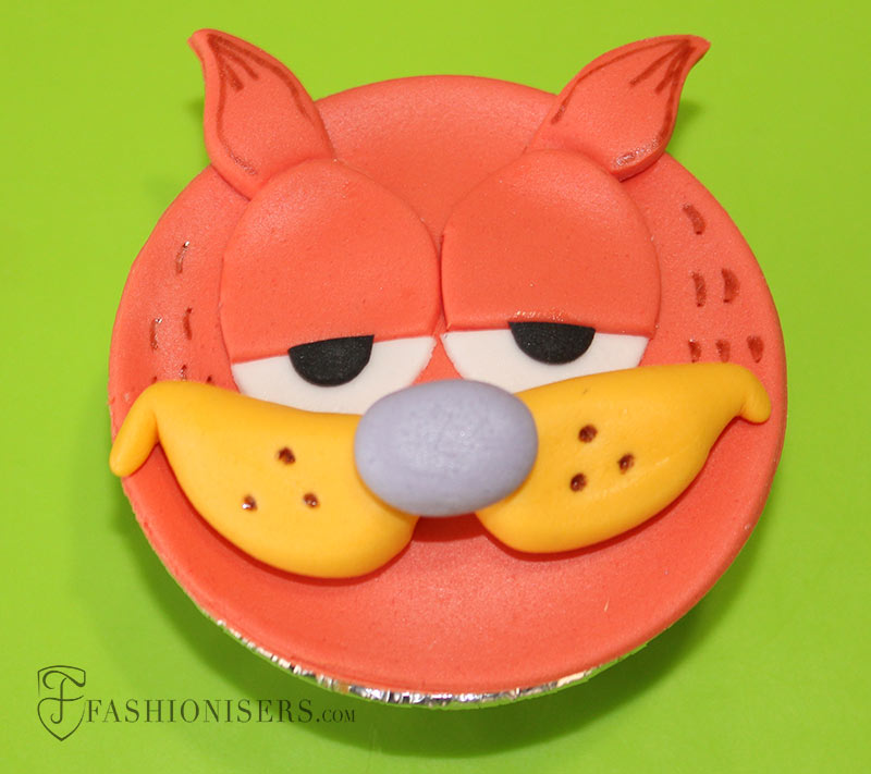Garfield Gumpaste Cupcake Decorating Tutorial