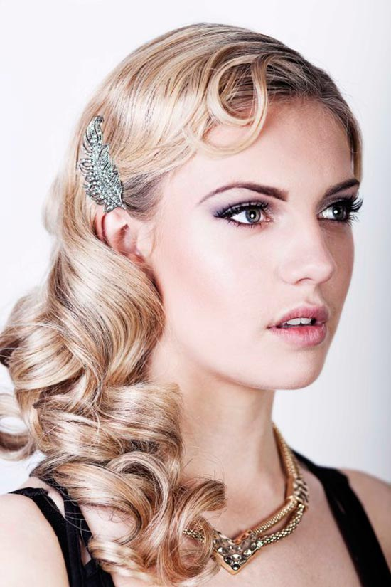 DIY Vintage Hairstyles: Modern Gatsby Flapper Hairstyle Tutorial