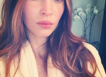 8 Celebs Looking Awesome Without Makeup