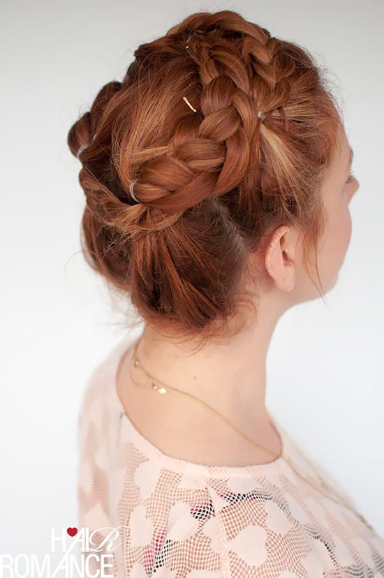 10 Pretty Hairstyles for Dirty Hair Days: Faux Braided Crown