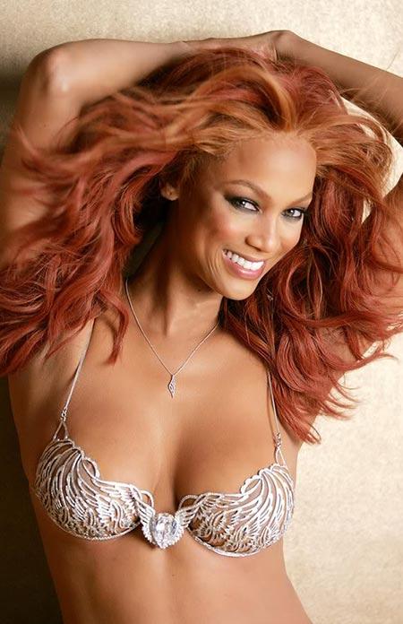 "2004: Victoria's Secret Heavenly ""70"" Fantasy Bra"