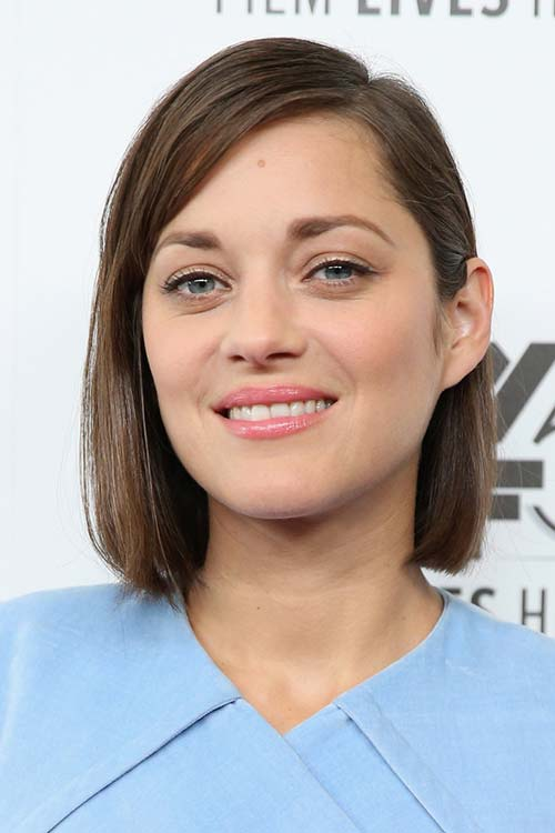 20 Short Hairstyles Celebs Love to Wear: Marion Cotillard