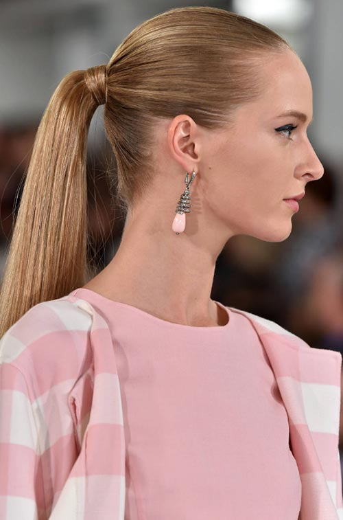 Spring/ Summer 2015 Trendy Ponytail Hairstyles: Oscar de la Renta Sleek Ponytails
