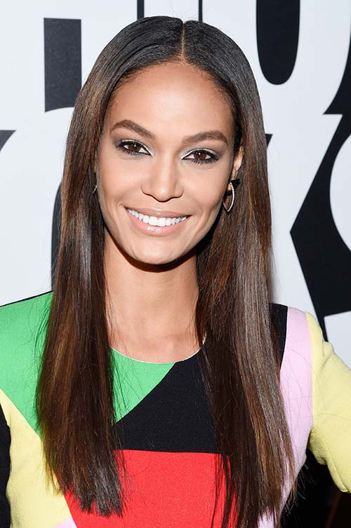 20 Stylish Ways to Wear Center Part Hairstyles: Joan Smalls