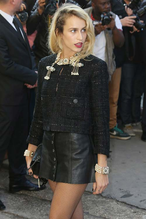 What Style Is Considered Trendy and Posh Now: Grunge Glam Style