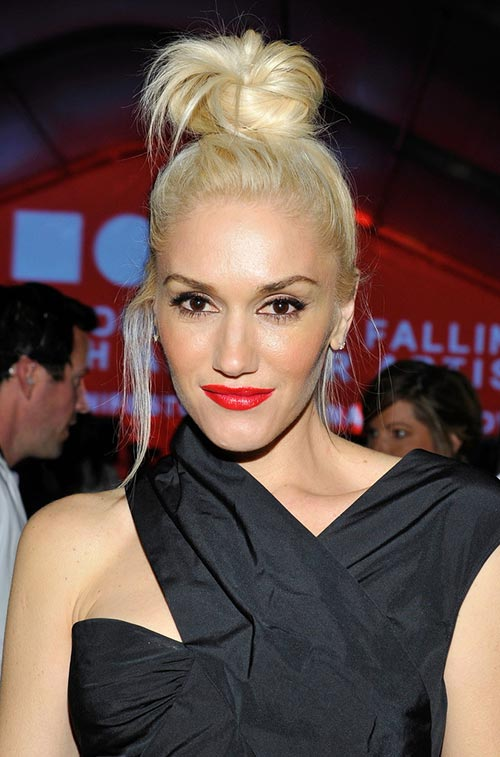 Casual At-Home Hairstyles from Celebs: Gwen Stefani