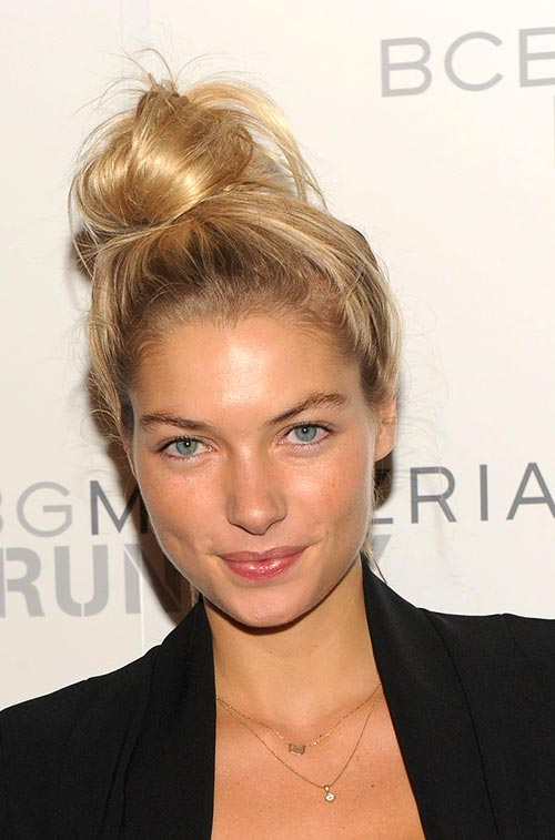 Casual At-Home Hairstyles from Celebs: Jessica Hart