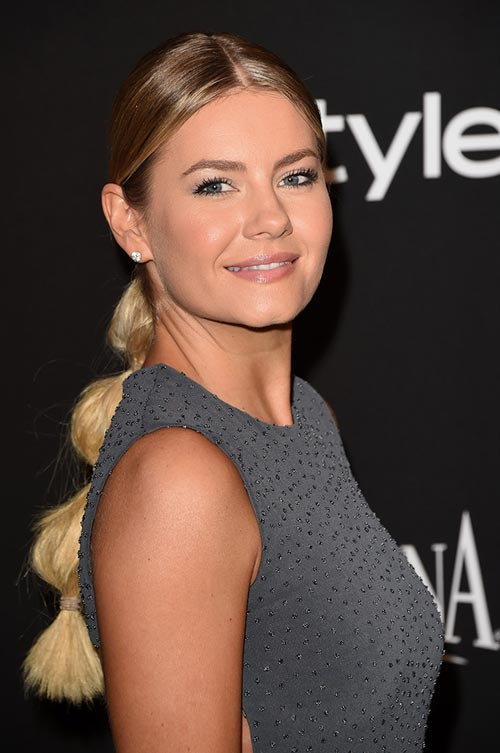 2015 Stylish Celebrity Hairstyles: Elisha Cuthbert Segmented Ponytail