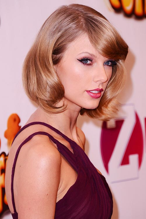 2015 Stylish Celebrity Hairstyles: Taylor Swift Retro Curly Bob
