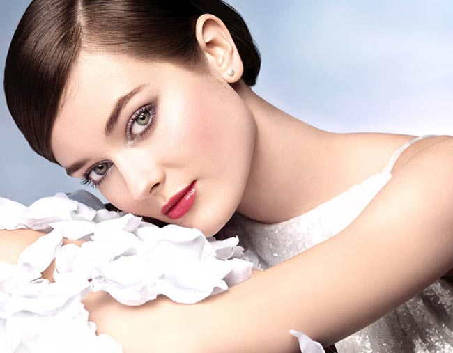 Chanel Pearl Whitening Spring 2015 Makeup Collection