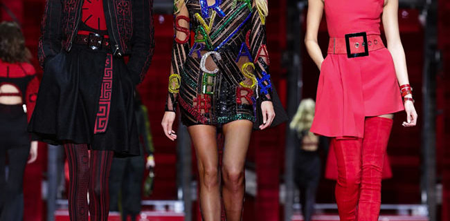 Versace Fall/Winter 2015-2016 Collection – Milan Fashion Week