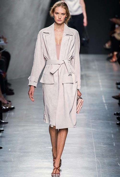 7 Cool Ways to Wear a Belt This Spring: Bottega Veneta