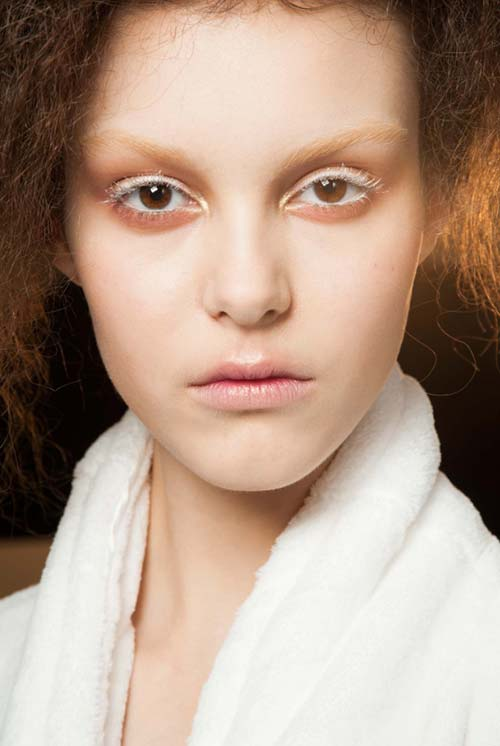 Fall 2015 Trend of Ghost Makeup: Alexander McQueen