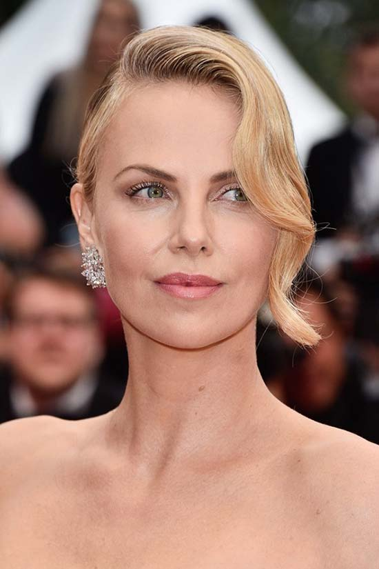 Cannes Film Festival 2015 Hairstyles & Makeup: Charlize Theron