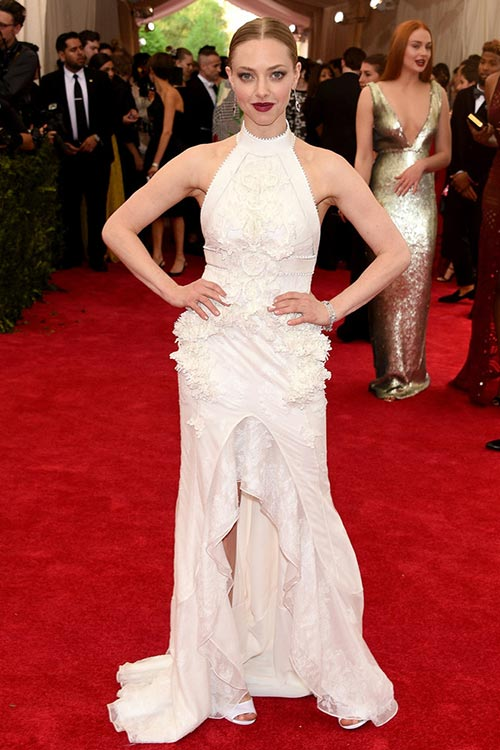 Met Gala 2015 Red Carpet Fashion: Amanda Seyfried