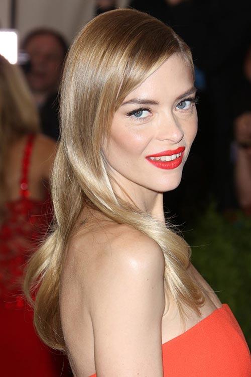 Met Gala 2015 Hairstyles & Makeup: Jaime King