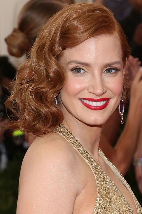 Met Gala 2015 Hairstyles & Makeup: Jessica Chastain
