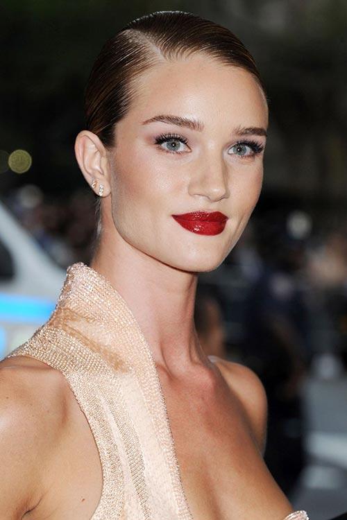 Met Gala 2015 Hairstyles & Makeup: Rosie Huntington-Whiteley