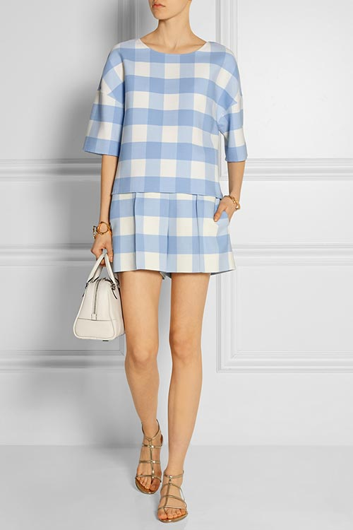 Dressy Office Shorts To Wear To Work: Oscar de la Renta
