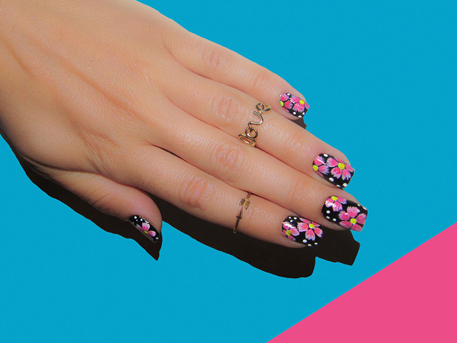 Flower Nail Art Designs For Any Taste Fashionisers