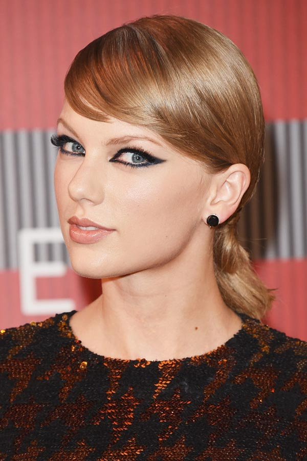 MTV VMAs 2015 Beauty Inspiration: Taylor Swift