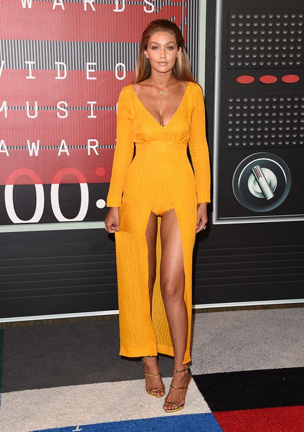 MTV VMAs 2015 Red Carpet Fashion: Gigi Hadid