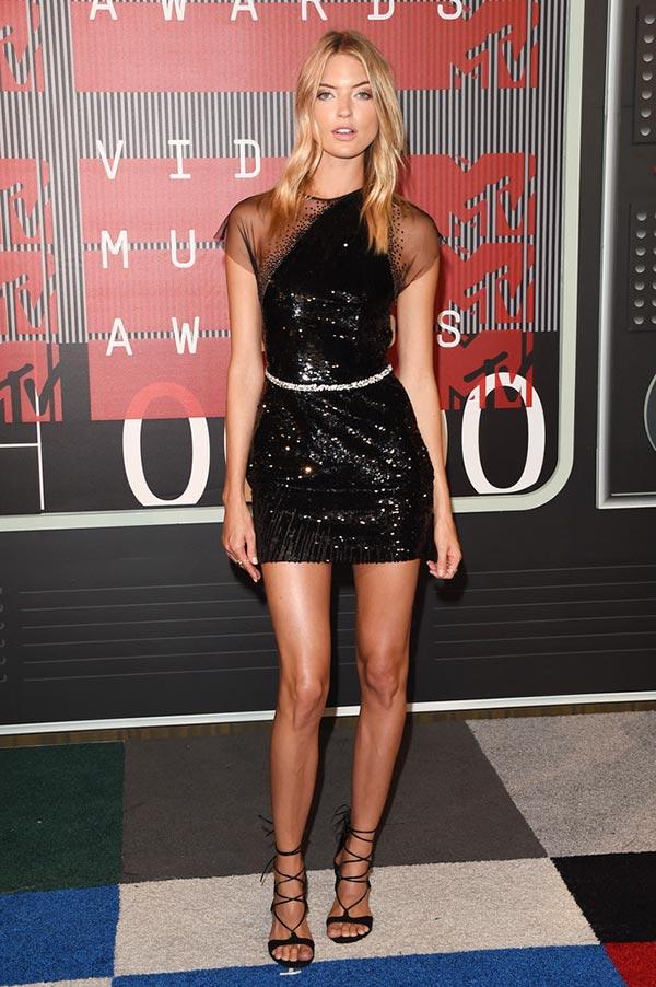 MTV VMAs 2015 Red Carpet Fashion: Martha Hunt
