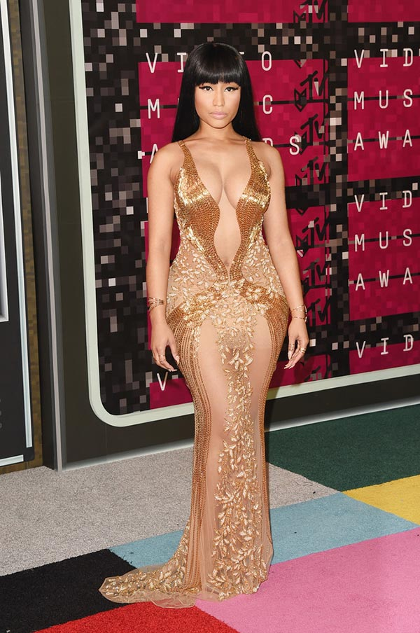 MTV VMAs 2015 Red Carpet Fashion: Nicki Minaj