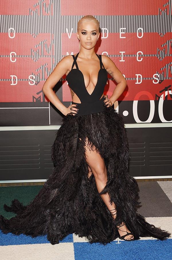 MTV VMAs 2015 Red Carpet Fashion: Rita Ora