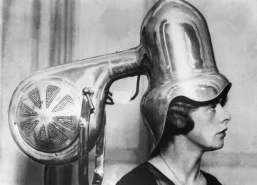 The Hair Dryers Women Used Back In '30s and '40s