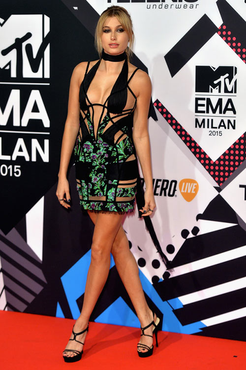2015 MTV Europe Music Awards Celebrity Style: Hailey Baldwin