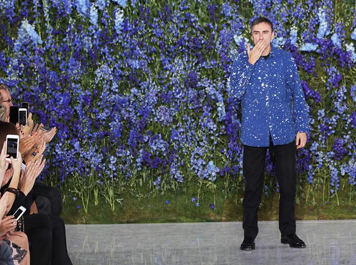 Raf Simons Steps Down At Christian Dior