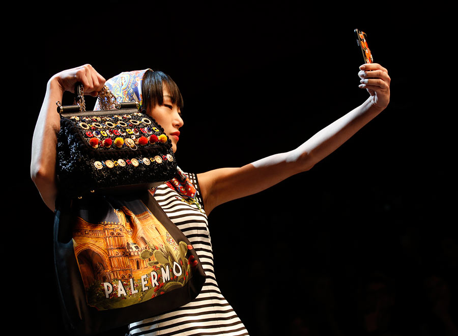 Dolce & Gabbana's Runway Selfies