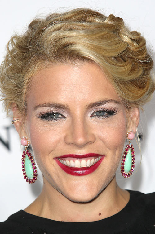 10 Retro Updo Hairstyles: Busy Philipps