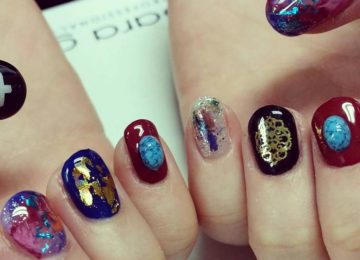 Stone Nail Art: The New Manicure Craze On Social Media