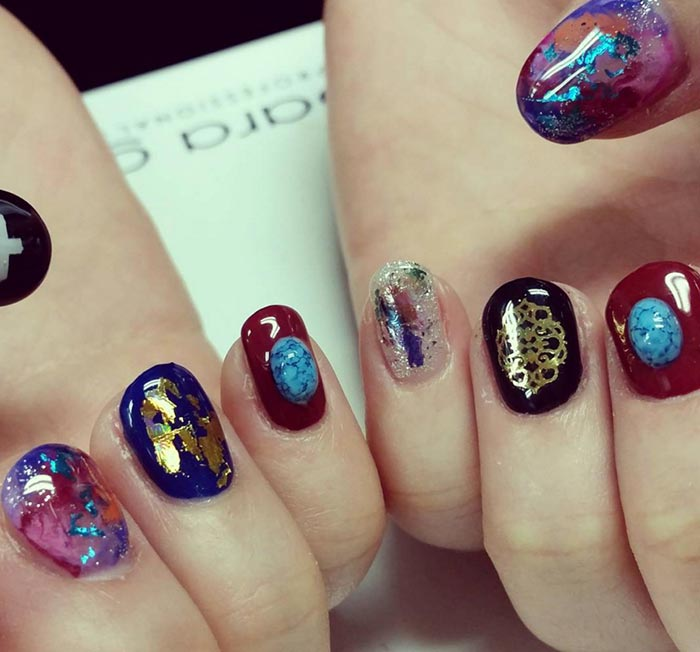 Stone Nail Art: The New Manicure Craze On Social Media | Fashionisers