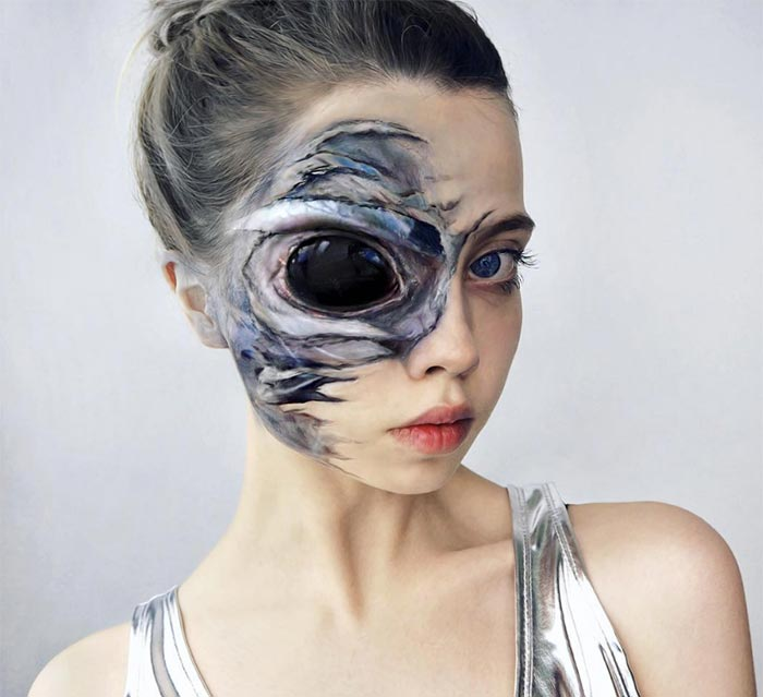 Creative Halloween Makeup Ideas: Alien Halloween Makeup