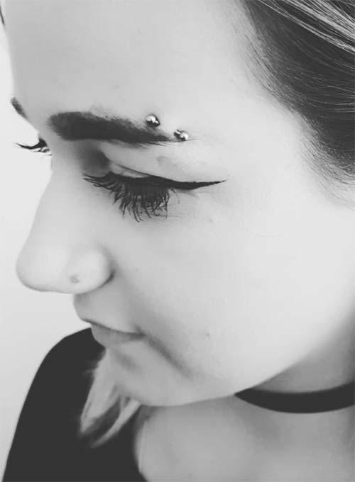 Types of Body Piercings: Facial Piercings - Horizontal Eyebrow Piercing