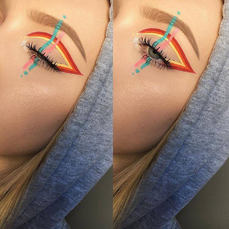 Intricate Winged Eyeliner