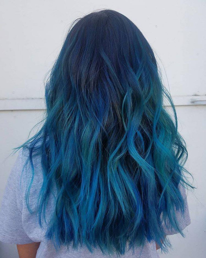 Ocean Hair Trend Blue Hair Beachy Waves