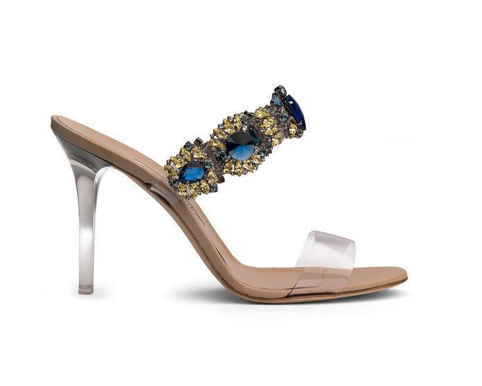 "Rihanna and Manolo Blahnik unveil their ""So Stoned"" Collection bajan princess"