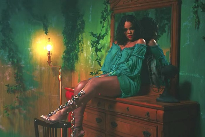 "Rihanna and Manolo Blahnik unveil their ""So Stoned"" Collection wild thoughts"