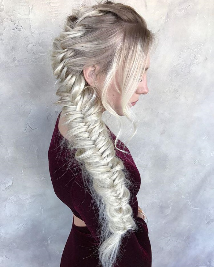 The Best Summer Hairstyles to Rock on the Beach fishtail braid