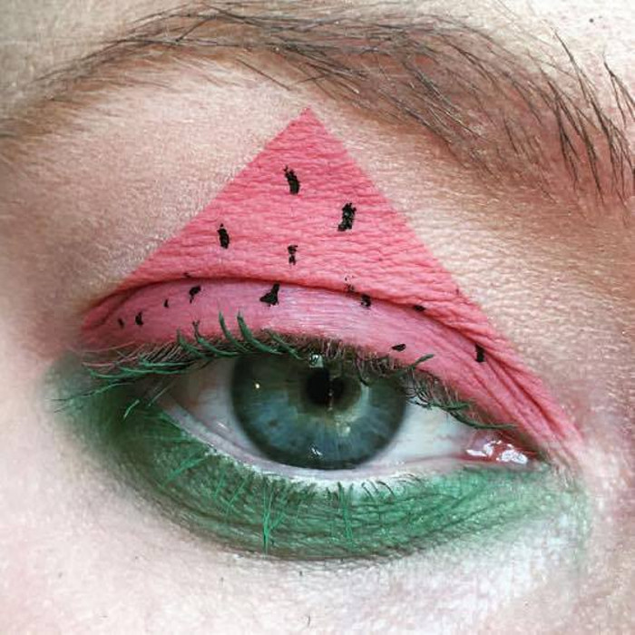 watermelon makeup Instagram trend eye watermelon makeup