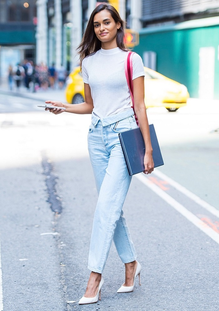 Best Street Style Looks from the 2017 Victoria's Secret Castings Gisele Oliveira