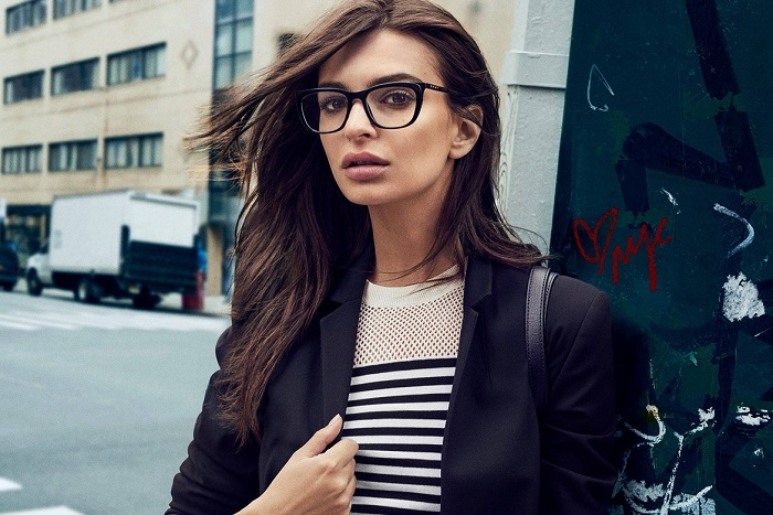 Emily Ratajkowski Masters the Street Style in DKNY's Fall 2017 Campaign black and white sweater black blazer