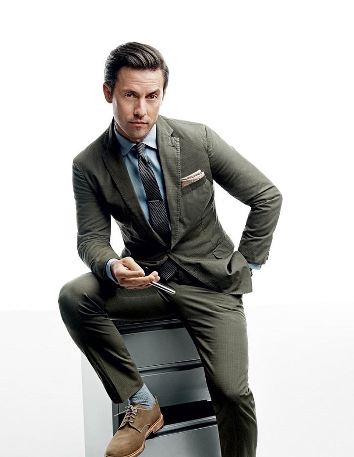 Milo Ventimiglia Wears the Summer's Best Suits olive suit blue shirt