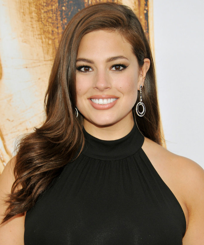 Ashley Graham Is The First Curve Model in Mario Testino's Towel Series Ashley Graham