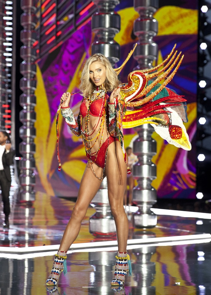 Best Looks From The 2017 Victoria's Secret Show Elsa Hosk